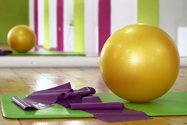 dieses Foto zeigt Geräte für Yoga
